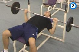 fitness-oefening bench press-2