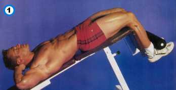 fitness-oefening decline crunch-1