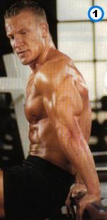 fitness-oefening dippen tussen bankjes-1