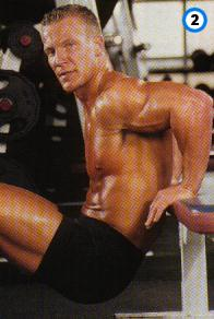 fitness-oefening dippen tussen bankjes-2
