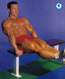 fitness-oefening seated knee-up-1