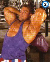 fitness-oefening zittende triceps extensions-2